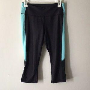 Z by Zella Womens SZ M Crop Pants Leggings Capris